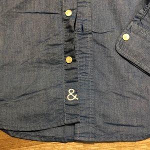 GAP Shirts - Chambray button down